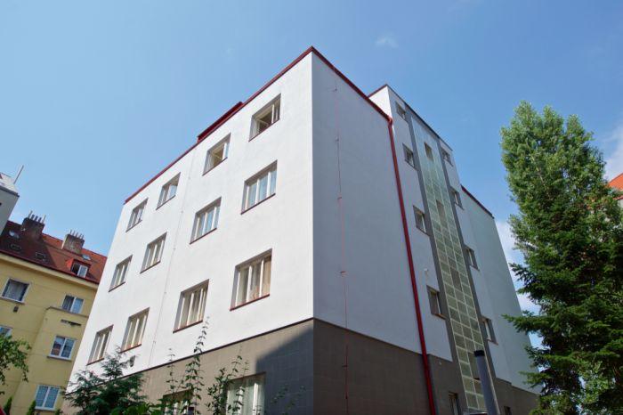 Novostavby Hradeckých, Hradeckých,