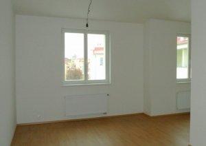 Půdní byt 2+kk, Praha 8