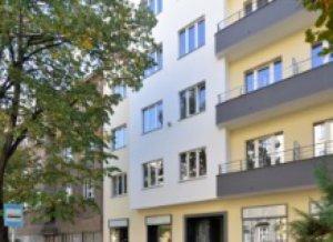 Čechům trvá sedm let, než si naspoří na nový byt