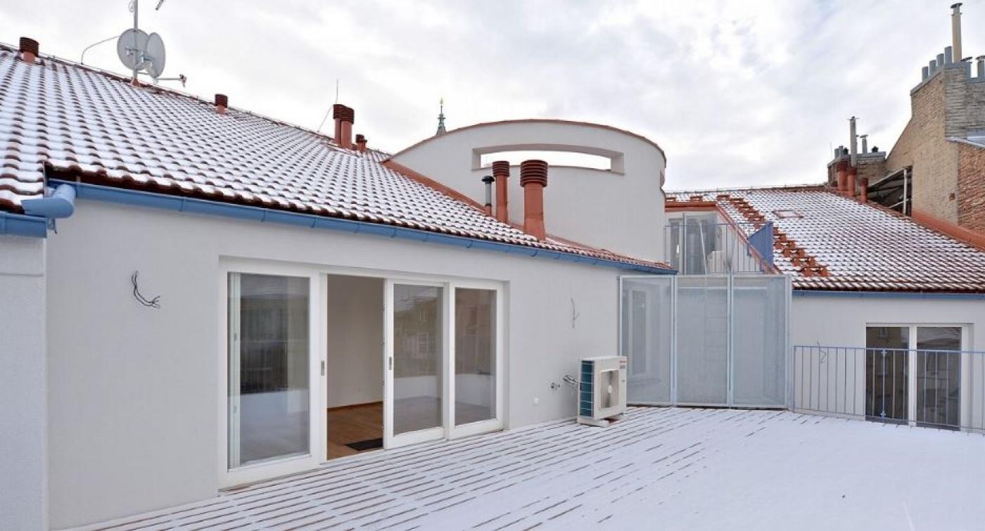 Půdní byt 5+kk, plocha 225 m², ulice Wuchterlova, Praha 6 - Dejvice   1