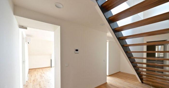 Půdní byt 5+kk, plocha 168 m², ulice Wuchterlova, Praha 6 - Dejvice | 12