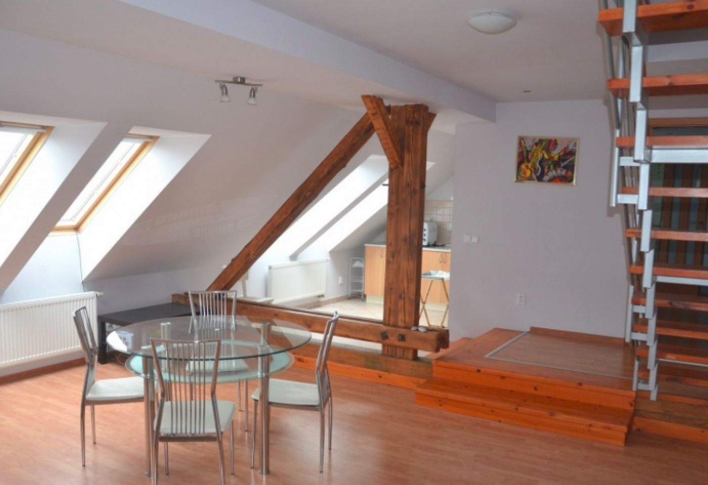 Půdní byt 3+kk, plocha 106 m², ulice Londýnská, Praha 2 - Vinohrady, cena 8 800 000 Kč   1