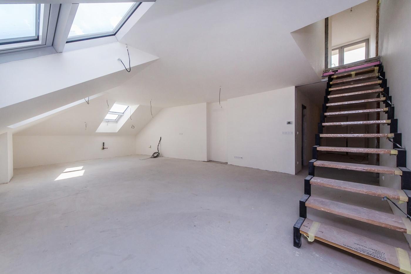Půdní byt 4+kk, plocha 130 m², ulice Wenzigova, Praha 2 - Vinohrady | 3