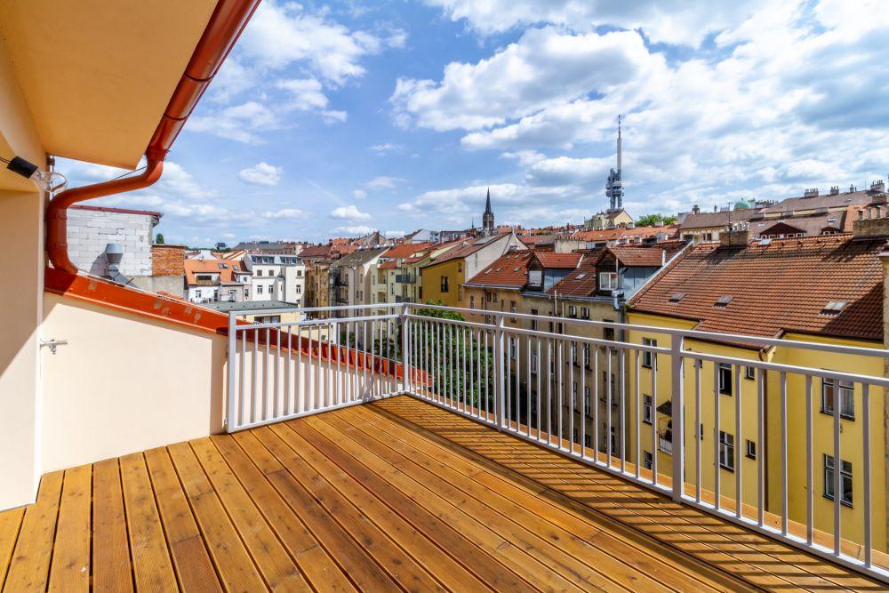 Výhled z terasy - developerský projekt Husitská, ulice Husitská, Praha 3 - Žižkov | 10