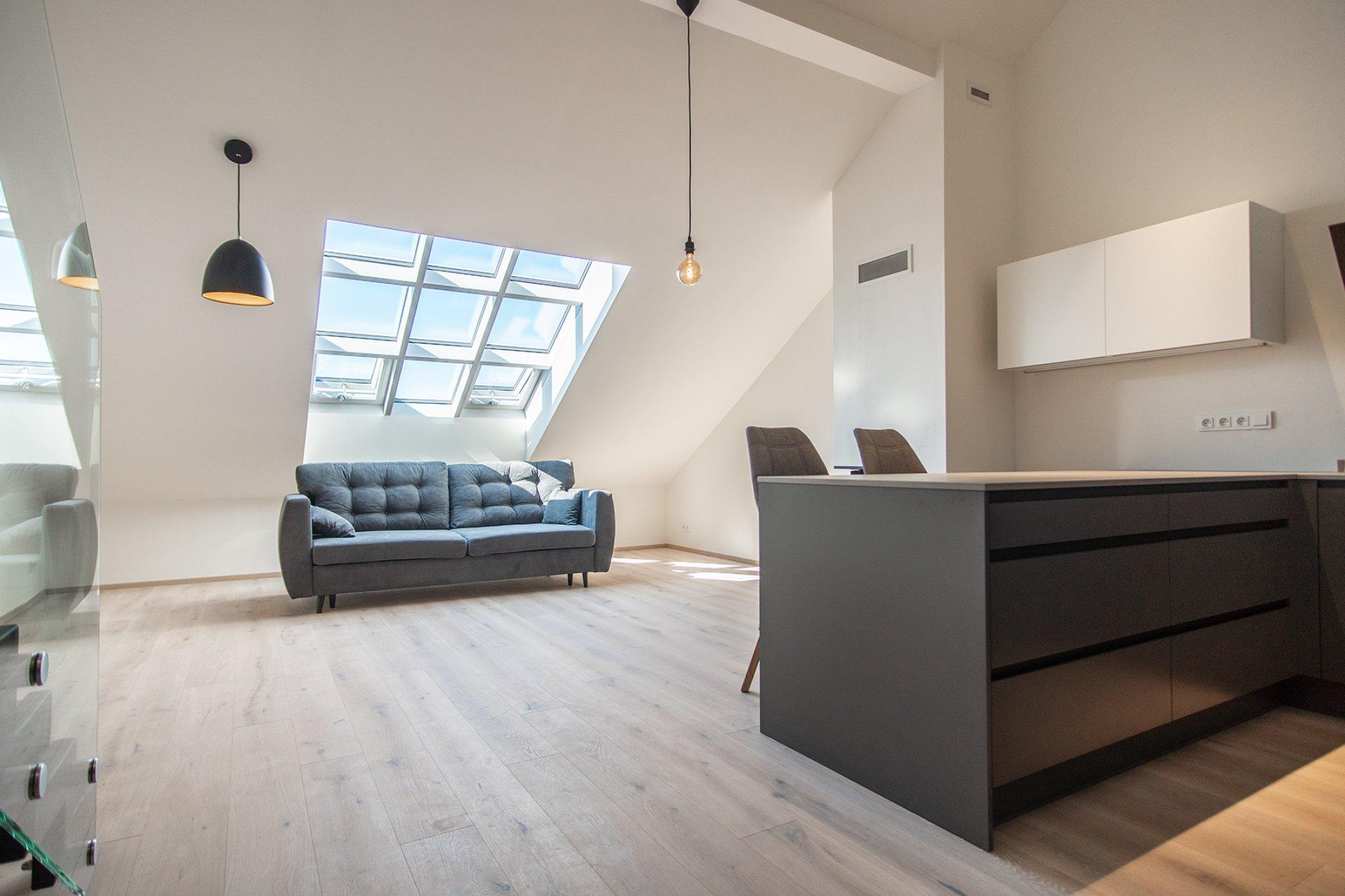 Půdní byt 4+kk, plocha 139 m², ulice Pernerova, Praha 8 - Karlín | 3