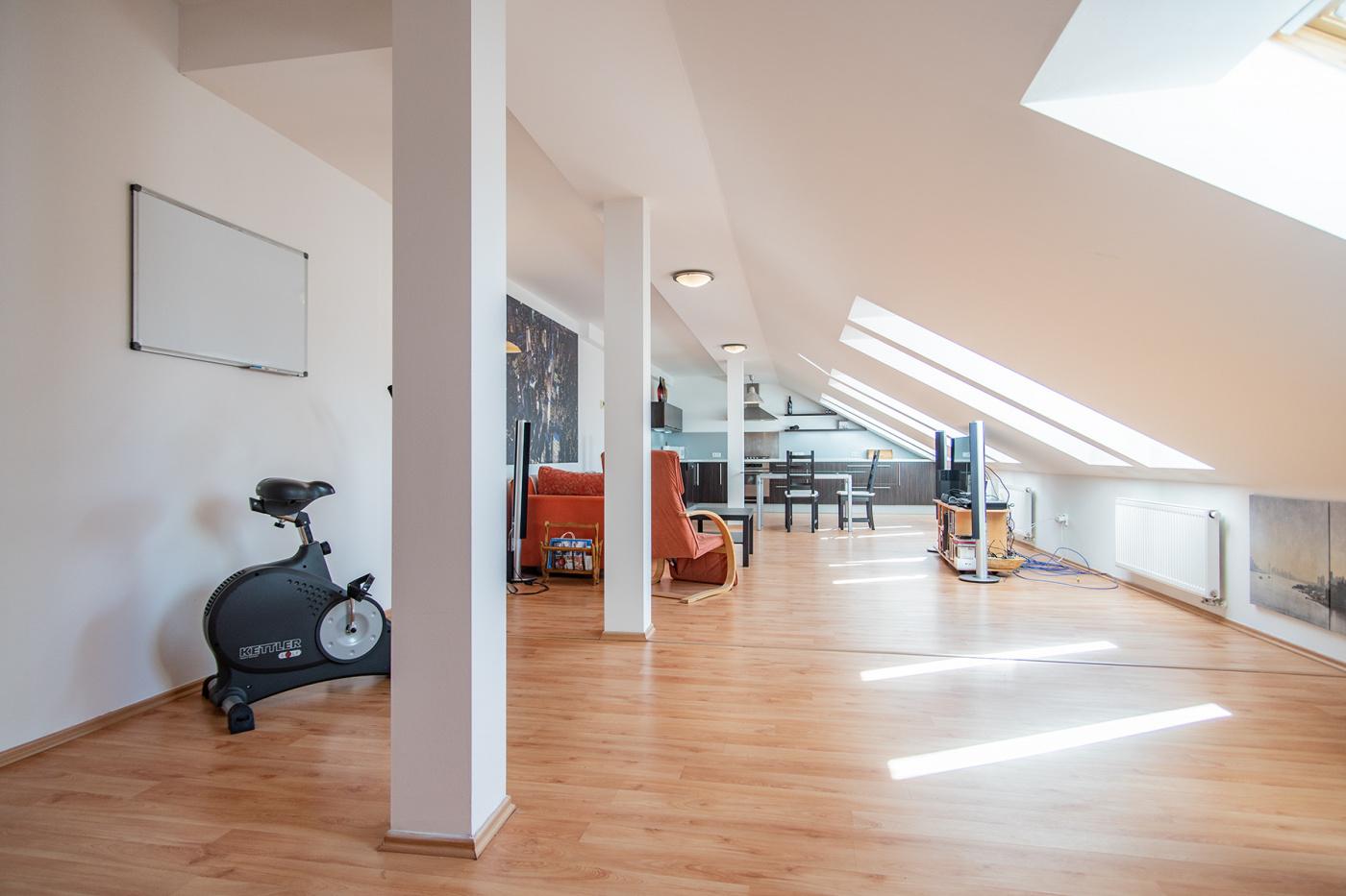 Půdní byt 3+kk, plocha 139 m², ulice Táborská, Praha 4 - Nusle | 3