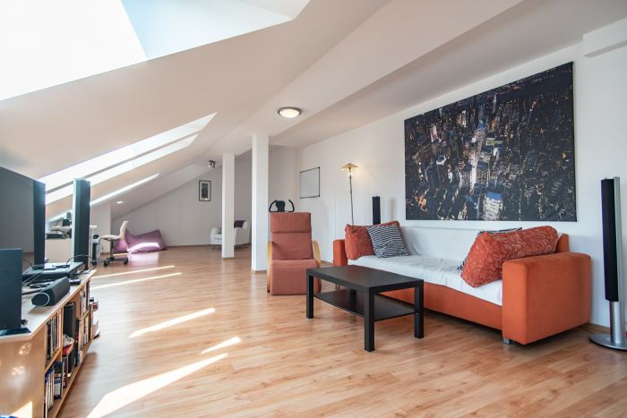 Půdní byt 3+kk, plocha 139 m², ulice Táborská, Praha 4 - Nusle | 1