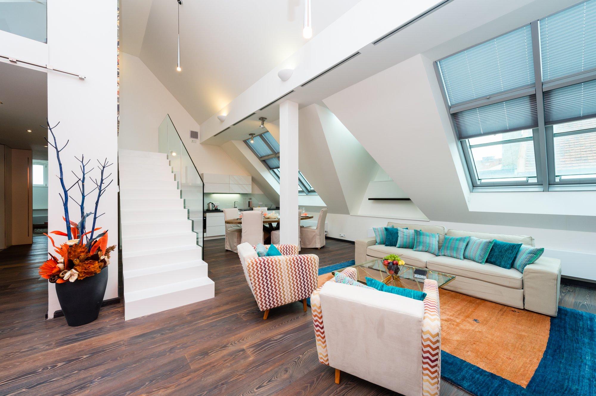 Půdní byt 4+kk, plocha 209 m², ulice Navrátilova, Praha 1 - Nové Město | 1
