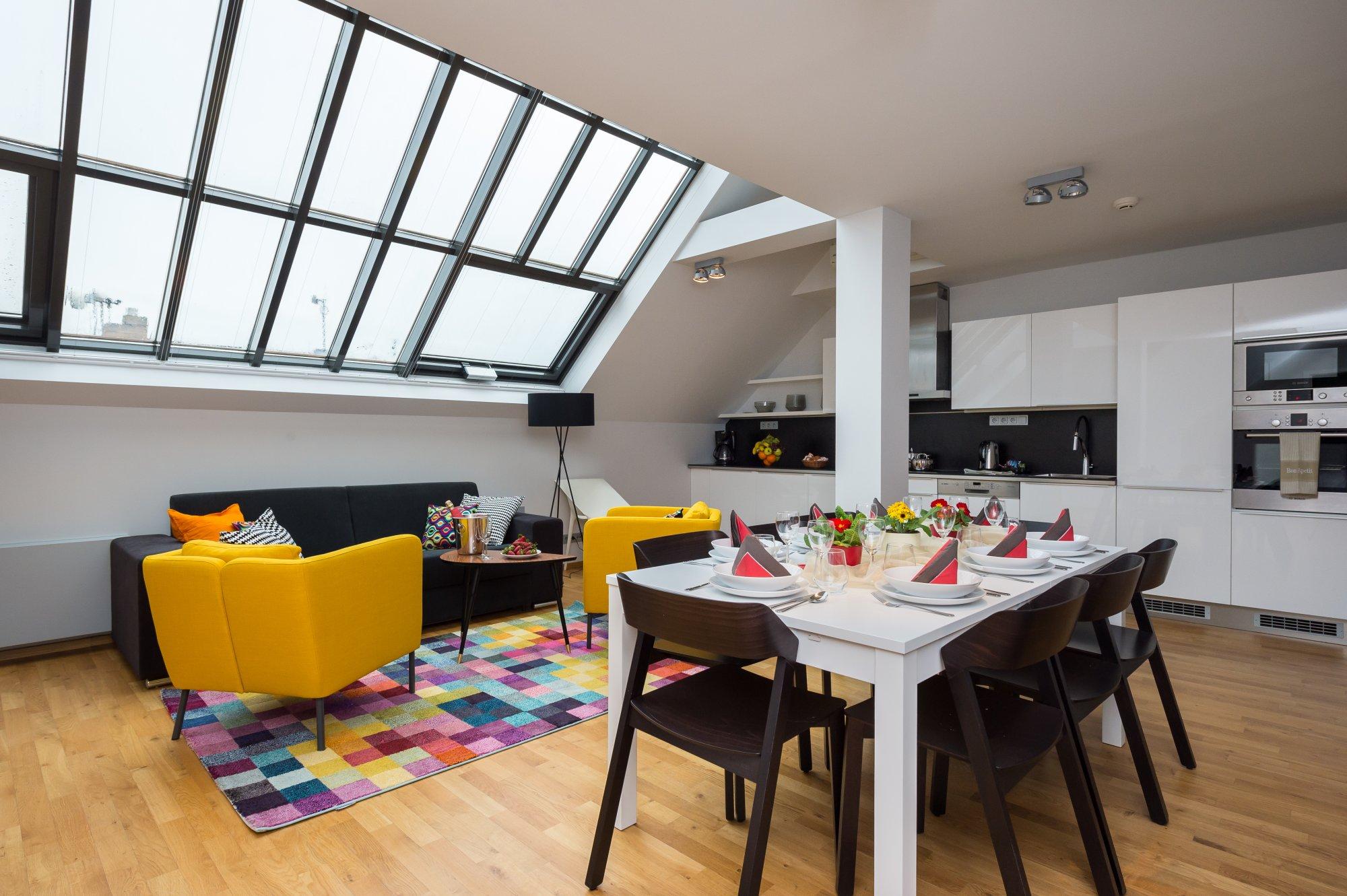 Půdní byt 4+kk, plocha 143 m², ulice Růžová, Praha 1 - Nové Město | 2