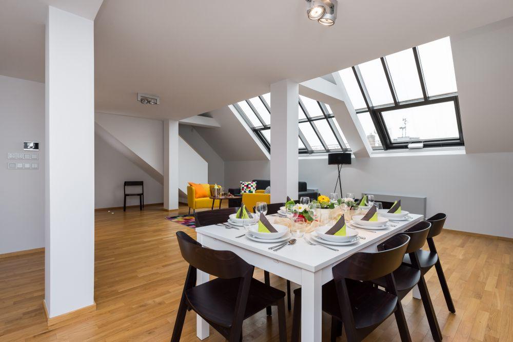 Půdní byt 4+kk, plocha 195 m², ulice Růžová, Praha 1 - Nové Město | 1