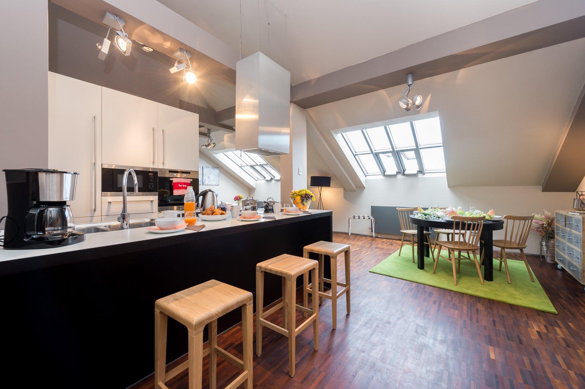 Půdní byt 2+kk, plocha 113 m², ulice Soukenická, Praha 1 - Nové Město | 1