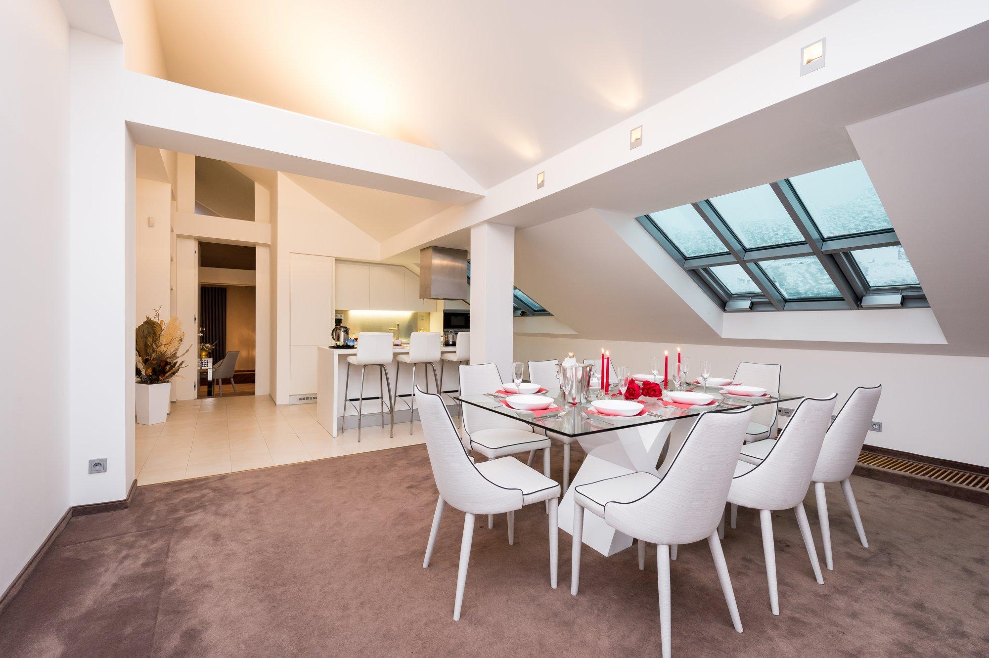 Půdní byt 4+kk, plocha 199 m², ulice Šeříková, Praha 1 - Malá Strana | 3