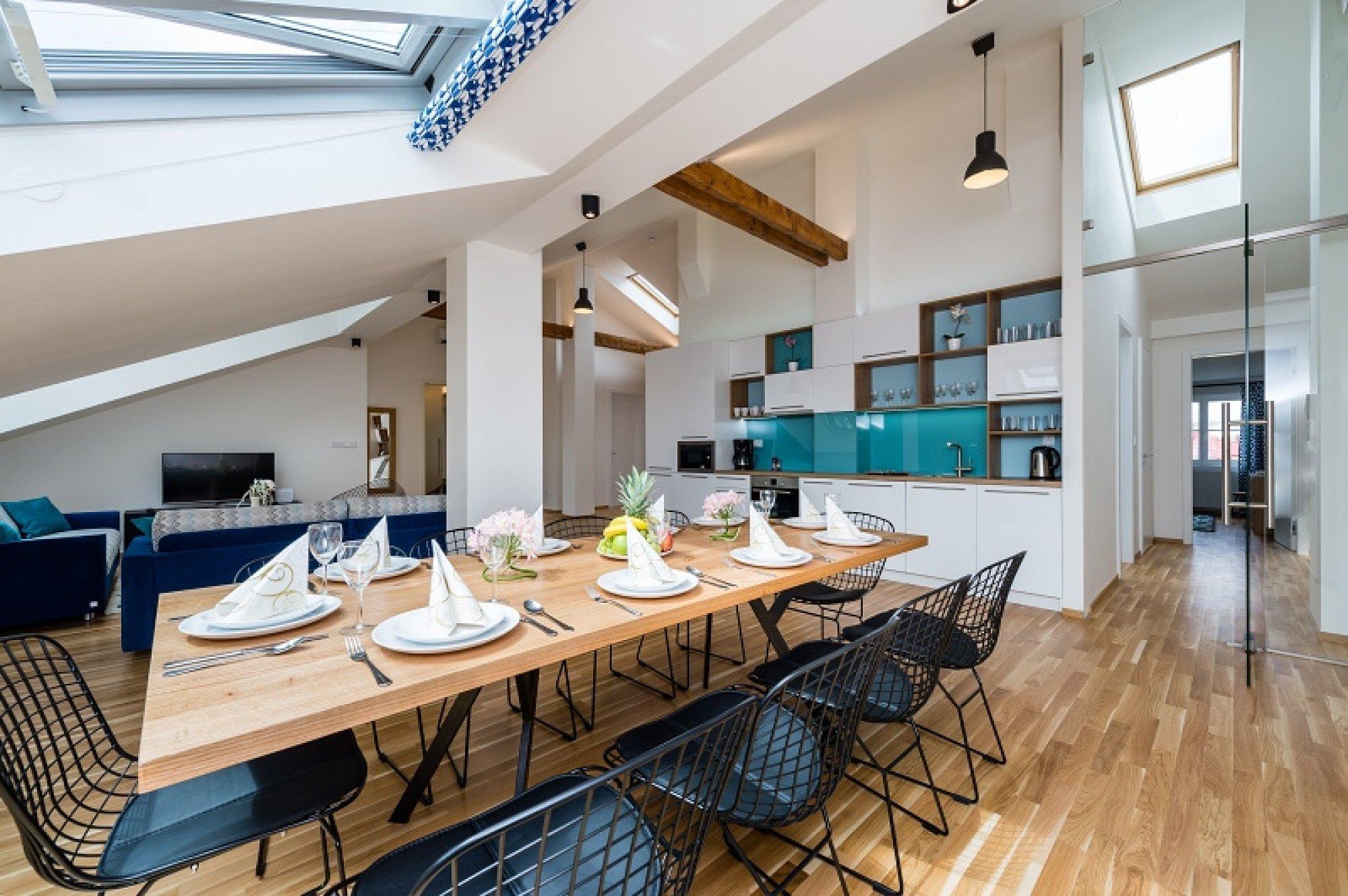 Půdní byt 6+kk, plocha 247 m², ulice U Bulhara, Praha 1 - Nové Město | 1