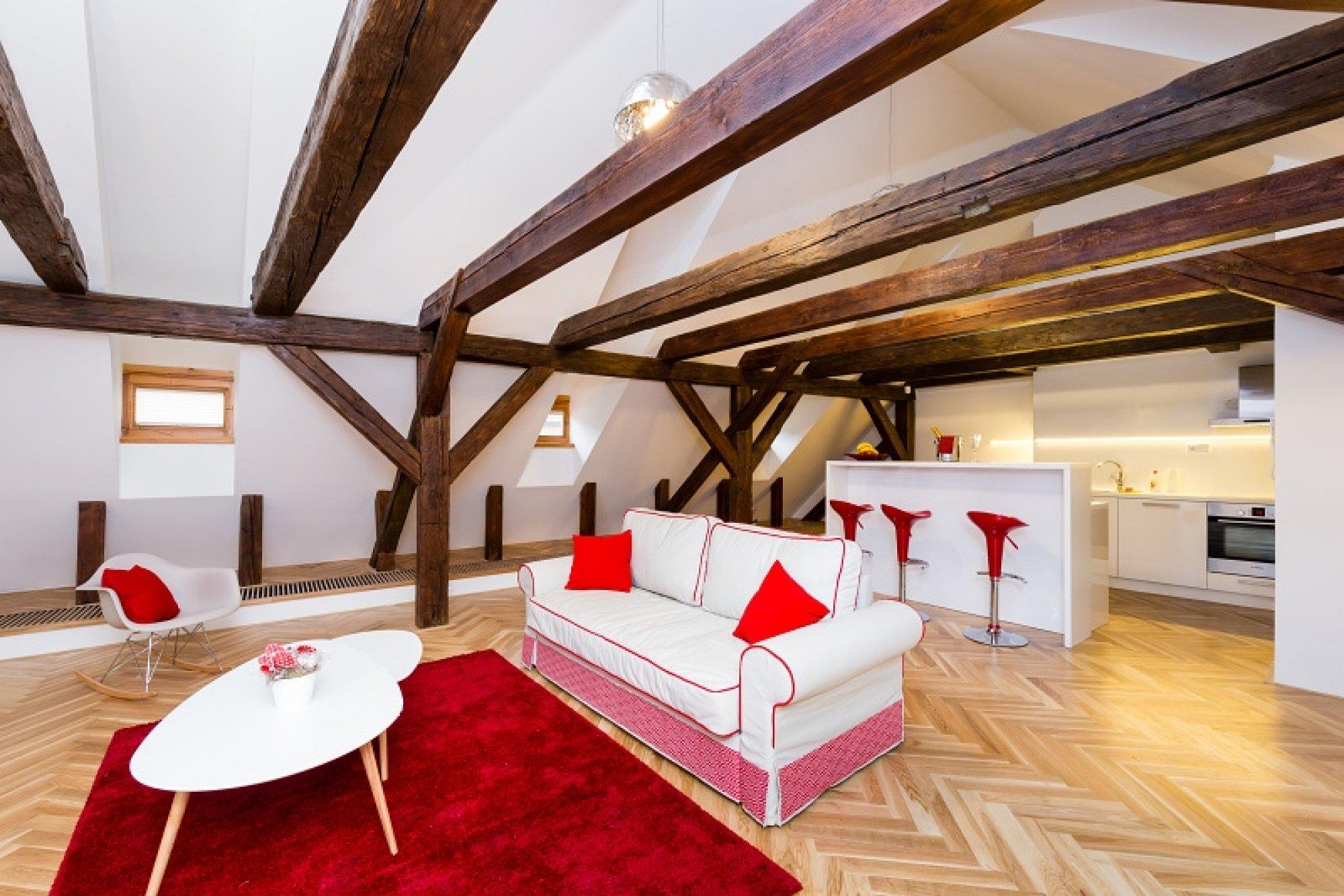 Půdní byt 2+kk, plocha 127 m², ulice Thunovská, Praha 1 - Malá Strana | 1