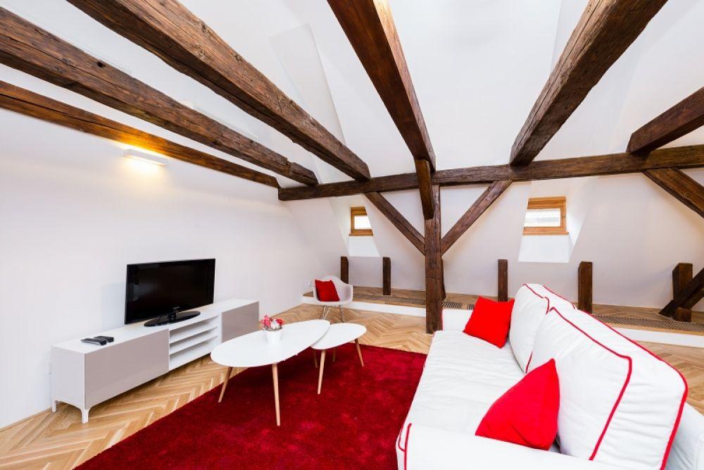 Půdní byt 2+kk, plocha 127 m², ulice Thunovská, Praha 1 - Malá Strana | 2