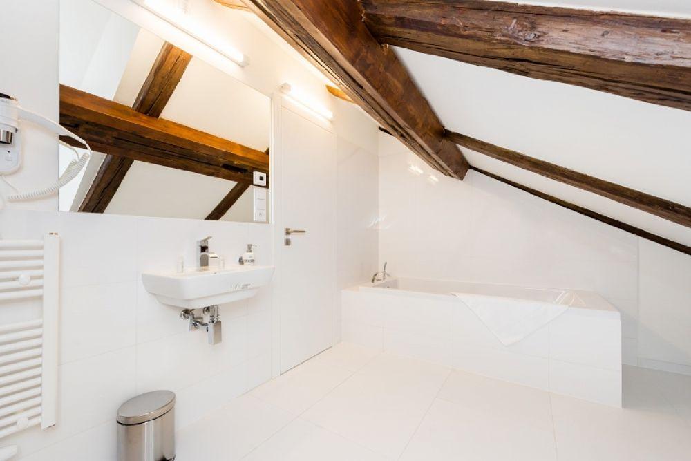 Půdní byt 2+kk, plocha 127 m², ulice Thunovská, Praha 1 - Malá Strana | 8