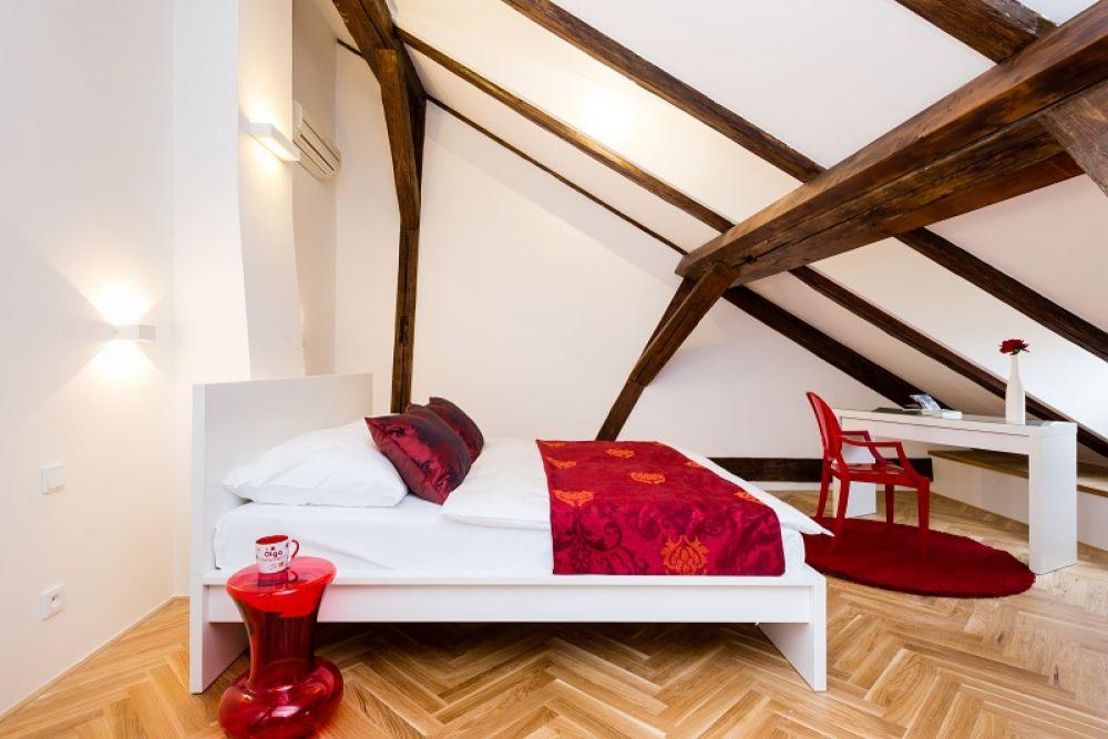 Půdní byt 2+kk, plocha 127 m², ulice Thunovská, Praha 1 - Malá Strana | 11