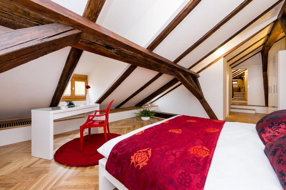 Půdní byt 2+kk, plocha 127 m², ulice Thunovská, Praha 1 - Malá Strana | 12