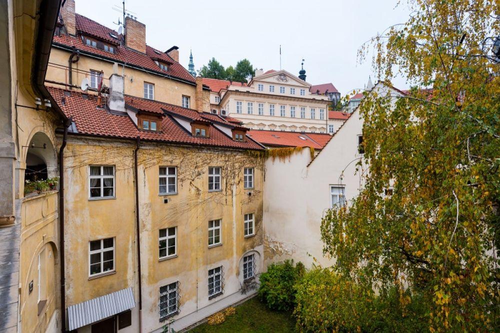 Půdní byt 2+kk, plocha 127 m², ulice Thunovská, Praha 1 - Malá Strana | 13