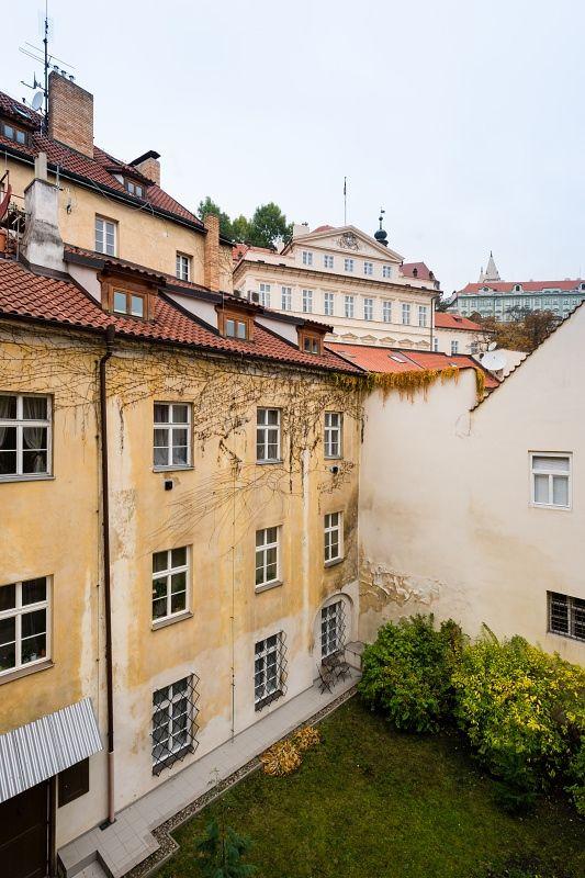 Půdní byt 2+kk, plocha 127 m², ulice Thunovská, Praha 1 - Malá Strana | 14