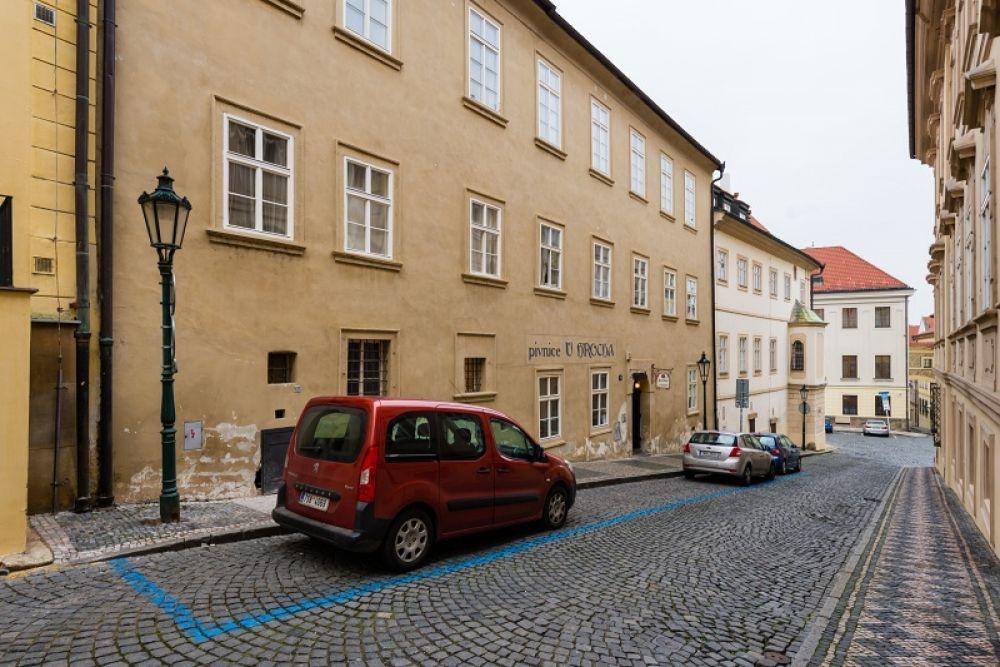 Půdní byt 2+kk, plocha 127 m², ulice Thunovská, Praha 1 - Malá Strana | 15