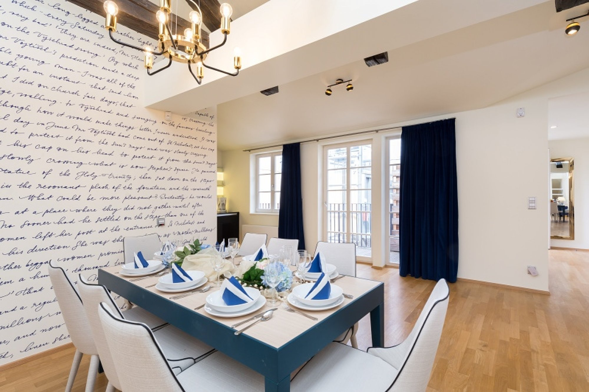 Půdní byt 5+kk, plocha 281 m², ulice Vítězná, Praha 1 - Malá Strana | 2