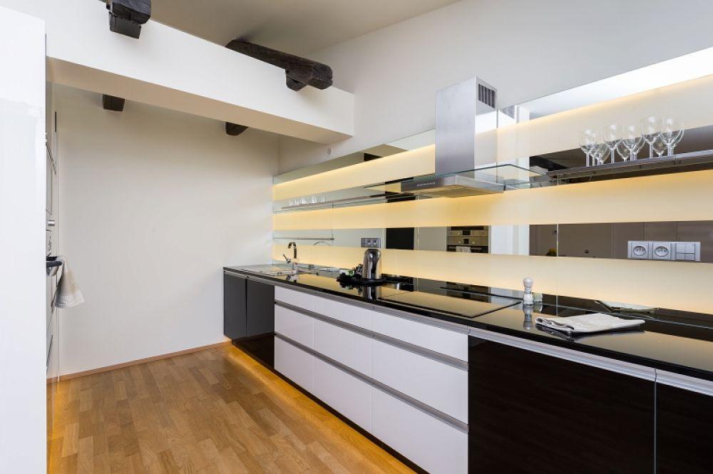 Půdní byt 5+kk, plocha 281 m², ulice Vítězná, Praha 1 - Malá Strana | 4