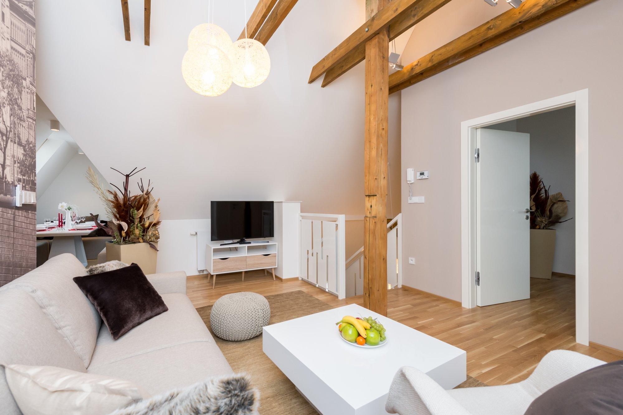 Půdní byt 3+kk, plocha 127 m², ulice Myslíkova, Praha 1 - Nové Město | 2
