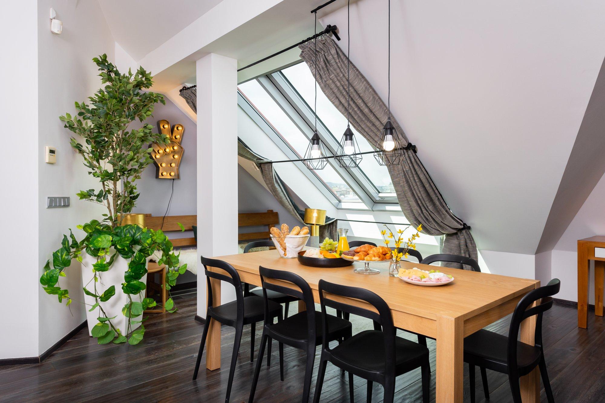 Půdní byt 4+kk, plocha 171 m², ulice Navrátilova, Praha 1 - Nové Město | 2