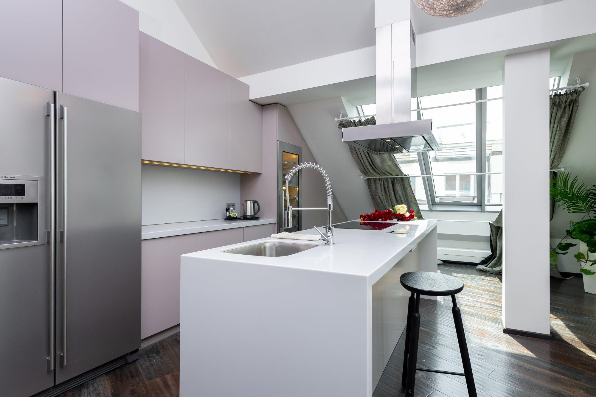Půdní byt 4+kk, plocha 171 m², ulice Navrátilova, Praha 1 - Nové Město | 3