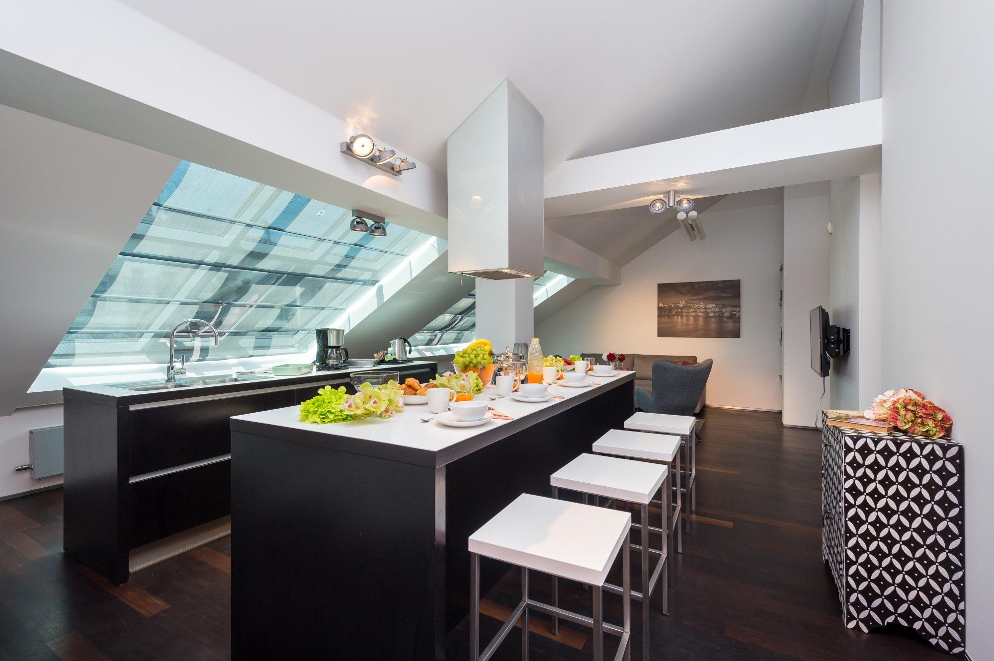 Půdní byt 3+kk, plocha 115 m², ulice Zlatnická, Praha 1 - Nové Město | 1