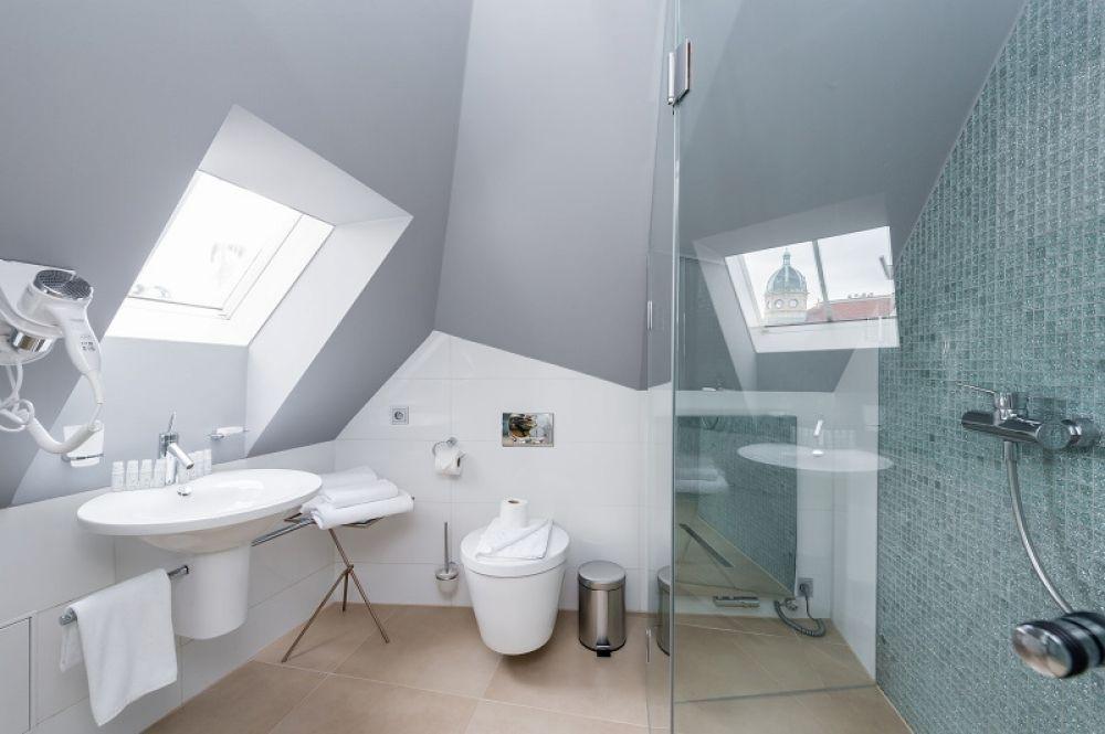 Půdní byt 1+kk, plocha 113 m², ulice Malostranské náměstí, Praha 1 - Malá Strana | 11