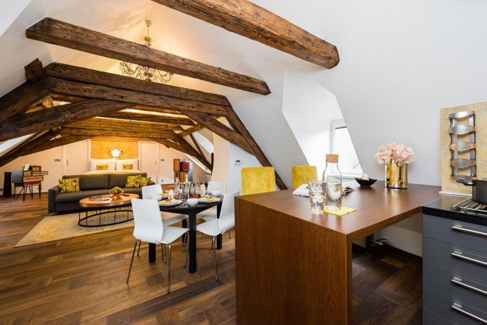 Půdní byt 1+kk, plocha 113 m², ulice Malostranské náměstí, Praha 1 - Malá Strana | 4