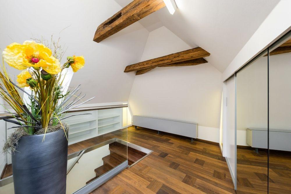 Půdní byt 1+kk, plocha 113 m², ulice Malostranské náměstí, Praha 1 - Malá Strana | 10