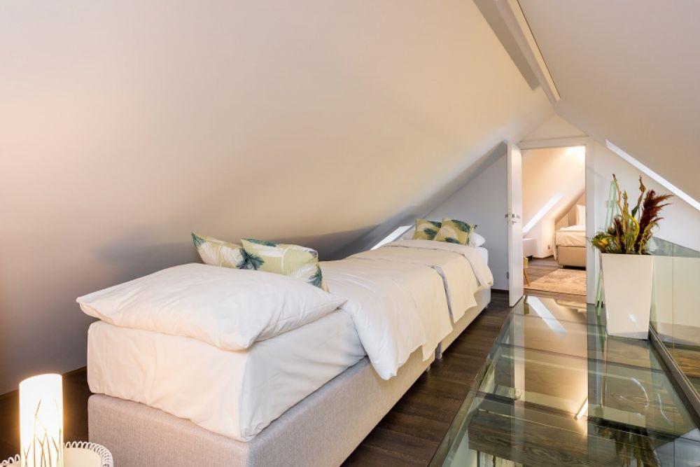 Půdní byt 2+kk, plocha 145 m², ulice Malostranské náměstí, Praha 1 - Malá Strana | 16