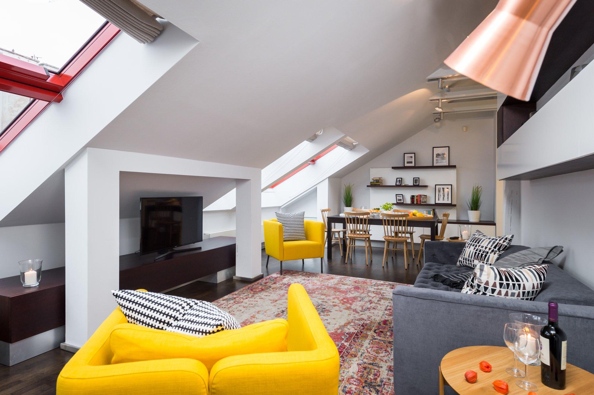Půdní byt 3+kk, plocha 165 m², ulice Školská, Praha 1 - Nové Město | 2