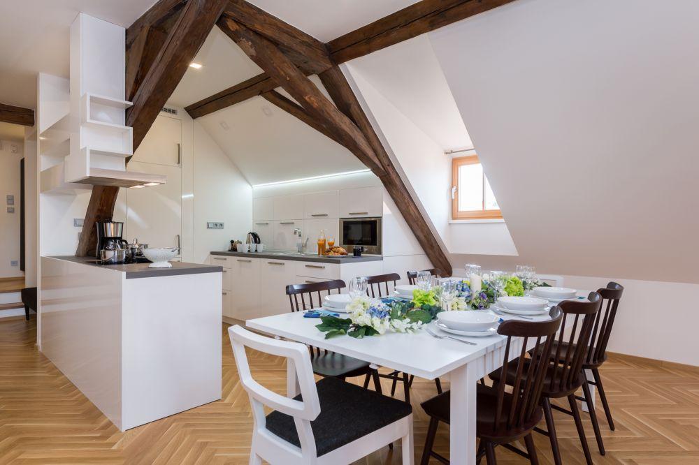 Půdní byt 3+kk, plocha 171 m², ulice Cihelná, Praha 1 - Malá Strana | 2