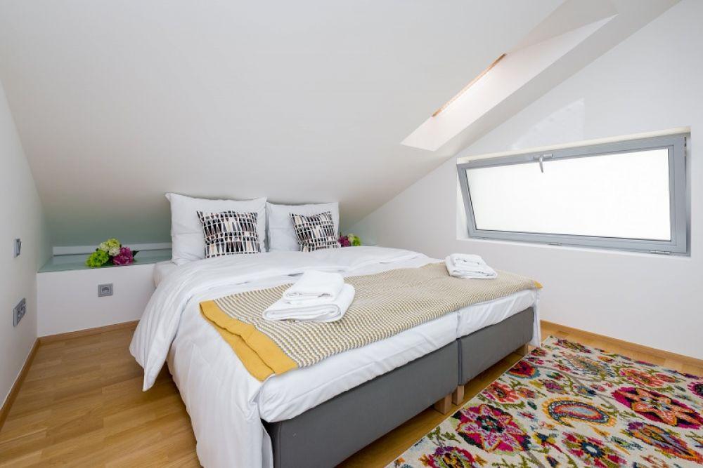Půdní byt 3+kk, plocha 133 m², ulice Hellichova, Praha 1 - Malá Strana | 13