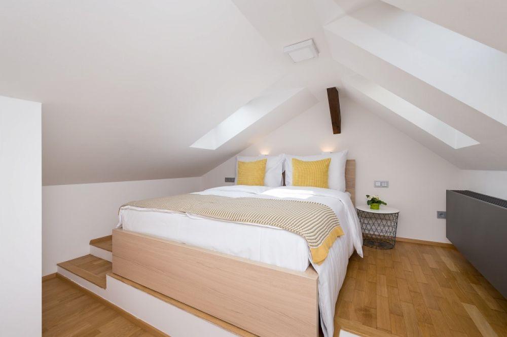 Půdní byt 3+kk, plocha 146 m², ulice Hellichova, Praha 1 - Malá Strana | 14