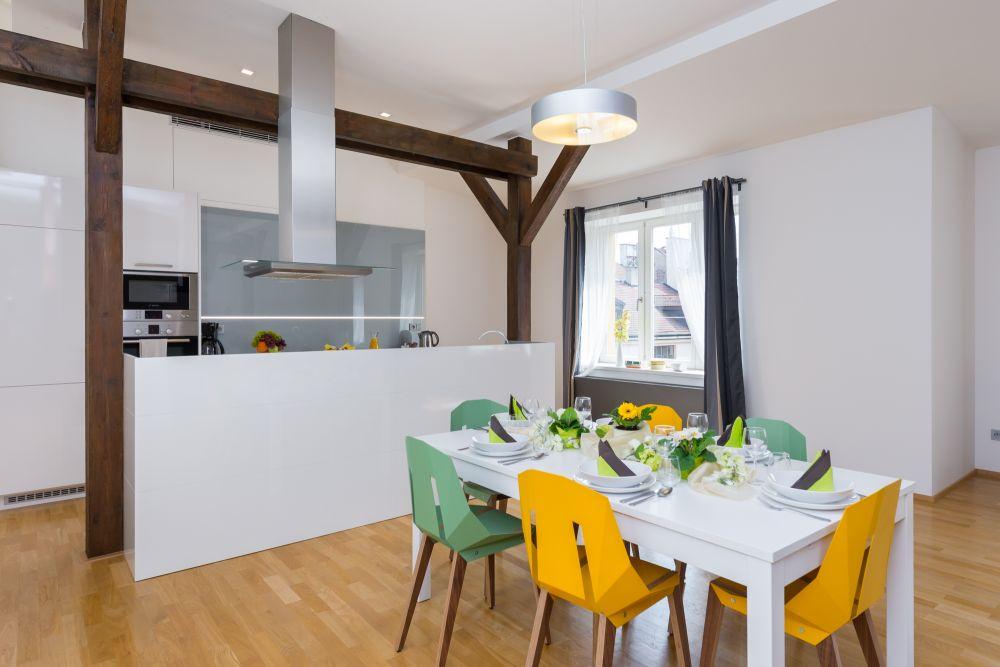Půdní byt 3+kk, plocha 146 m², ulice Hellichova, Praha 1 - Malá Strana | 1