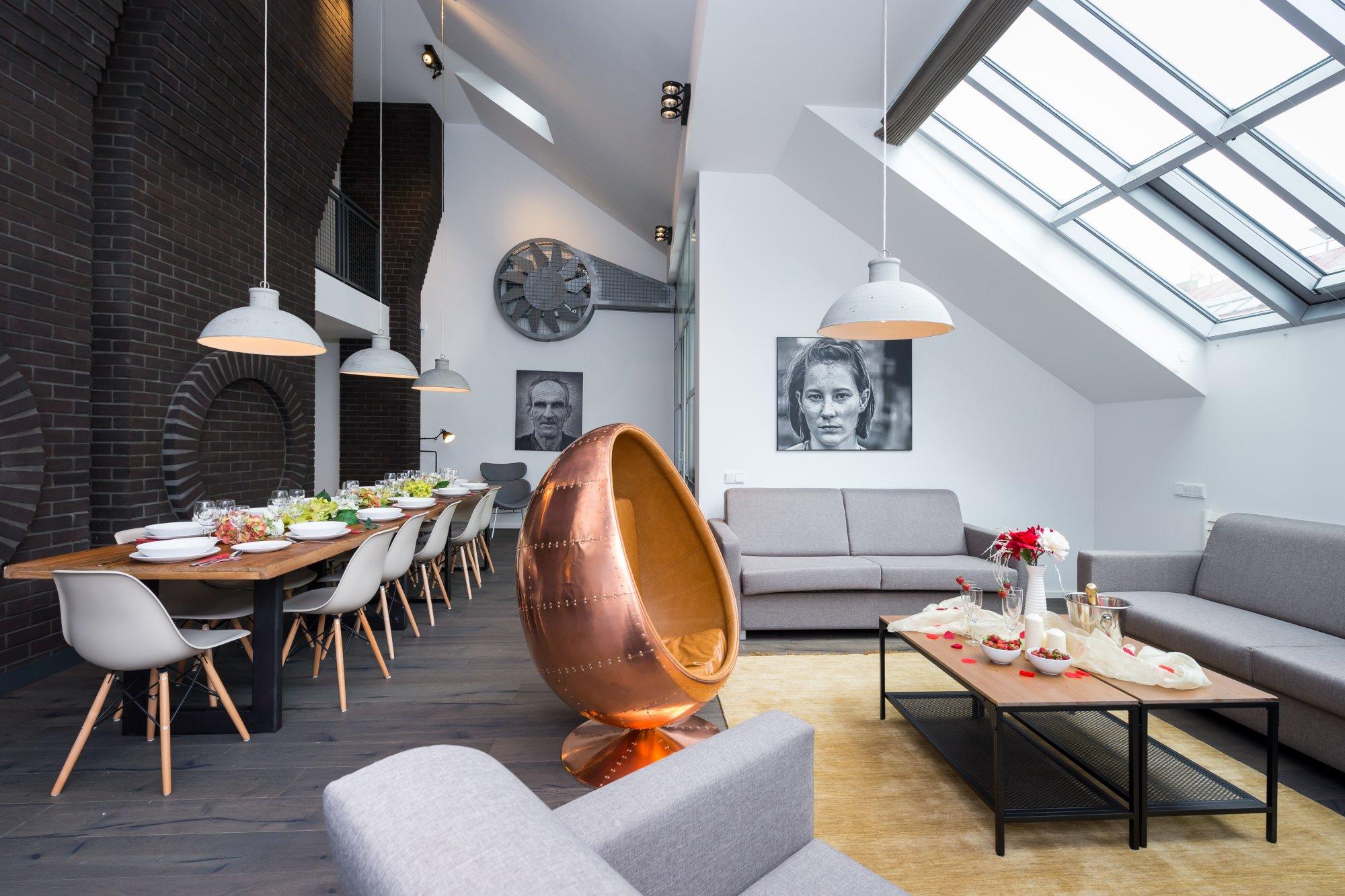Půdní byt 5+kk, plocha 194 m², ulice Dlážděná, Praha 1 - Nové Město | 2