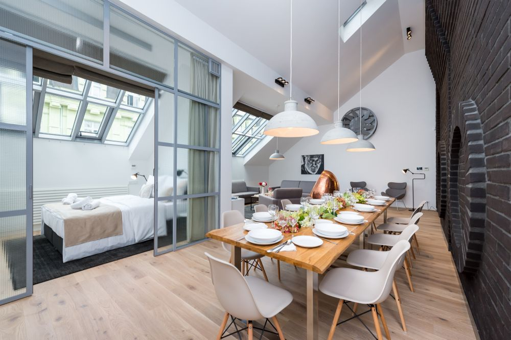 Půdní byt 4+kk, plocha 187 m², ulice Dlážděná, Praha 1 - Nové Město | 2
