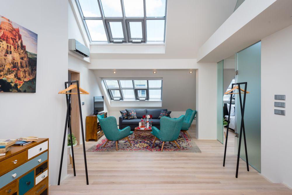 Půdní byt 4+kk, plocha 151 m², ulice Ve Smečkách, Praha 1 - Nové Město | 2