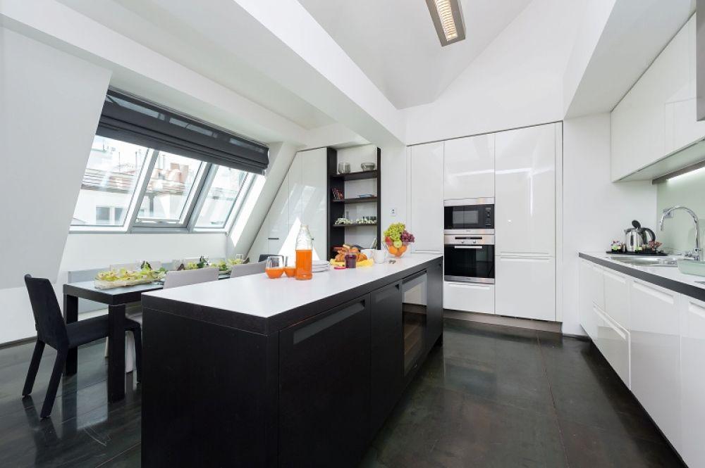 Půdní byt 3+kk, plocha 113 m², ulice Navrátilova, Praha 1 - Nové Město | 3
