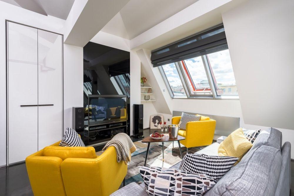 Půdní byt 3+kk, plocha 113 m², ulice Navrátilova, Praha 1 - Nové Město | 2