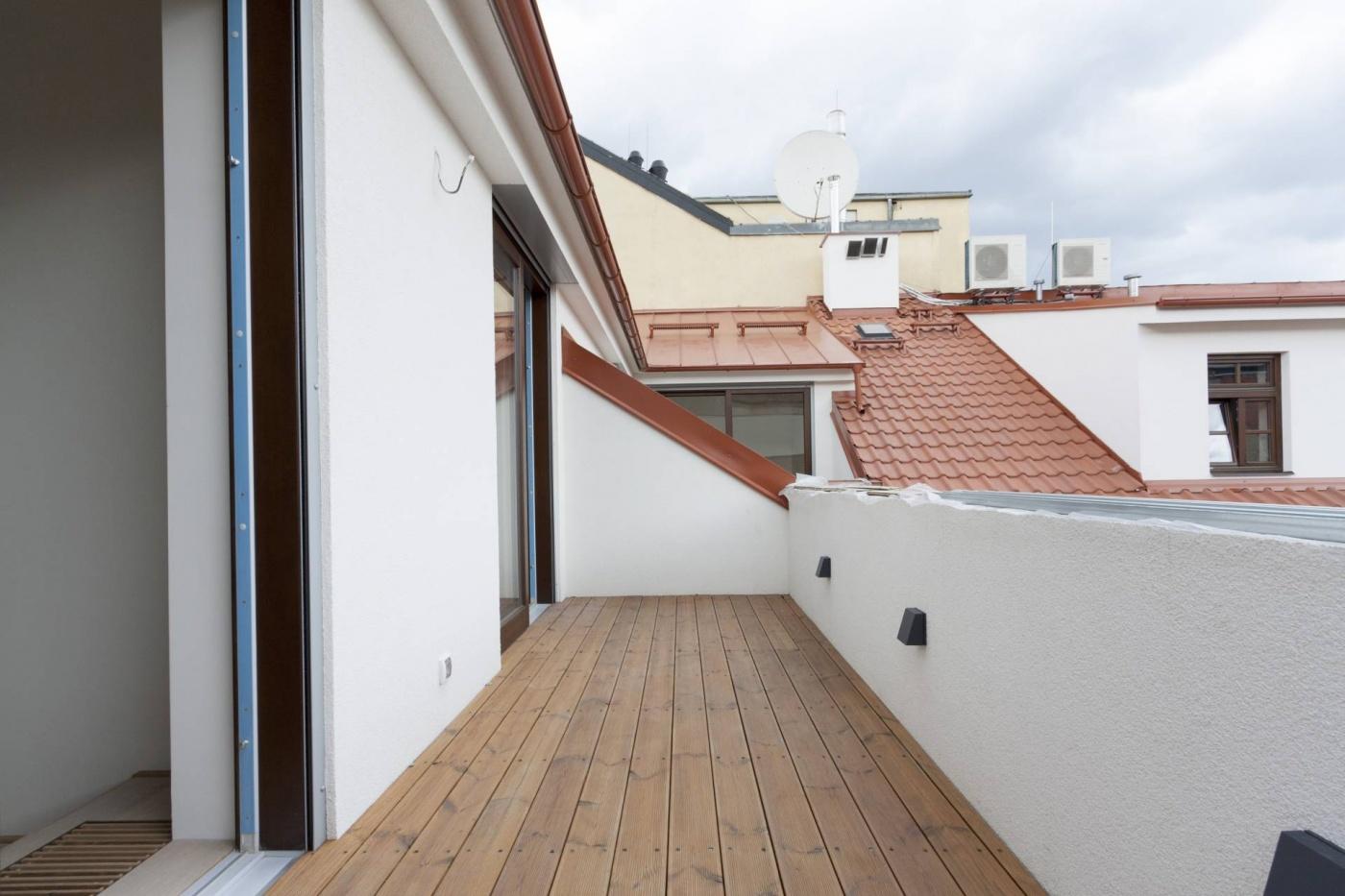 Půdní byt 3+1, plocha 98 m², ulice Lumírova, Praha 2 - Vyšehrad   1