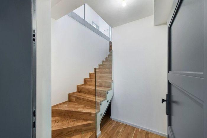 Půdní byt 3+kk, plocha 101 m², ulice Národní Obrany, Praha 6 - Dejvice | 1