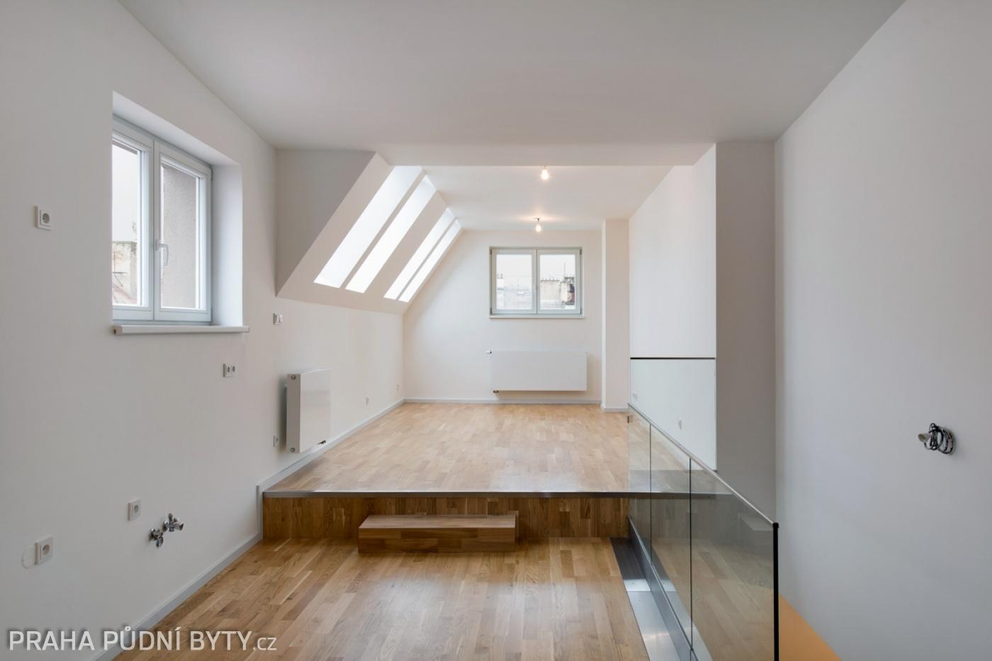 Půdní byt 3+kk, plocha 85 m², ulice Národní Obrany, Praha 6 - Dejvice | 3