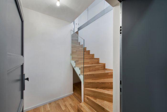 Půdní byt 3+kk, plocha 85 m², ulice Národní Obrany, Praha 6 - Dejvice | 1