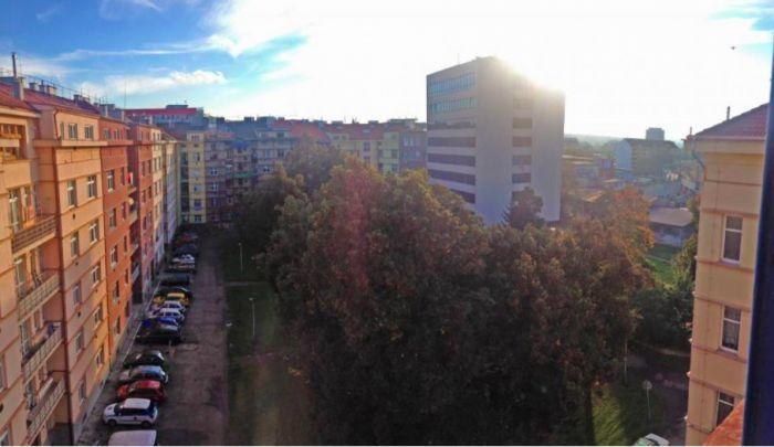 Výhled do dvora - developerský projekt U Vody, ulice U Vody, Praha 7 - Holešovice | 5